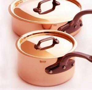 fabricada en cobre